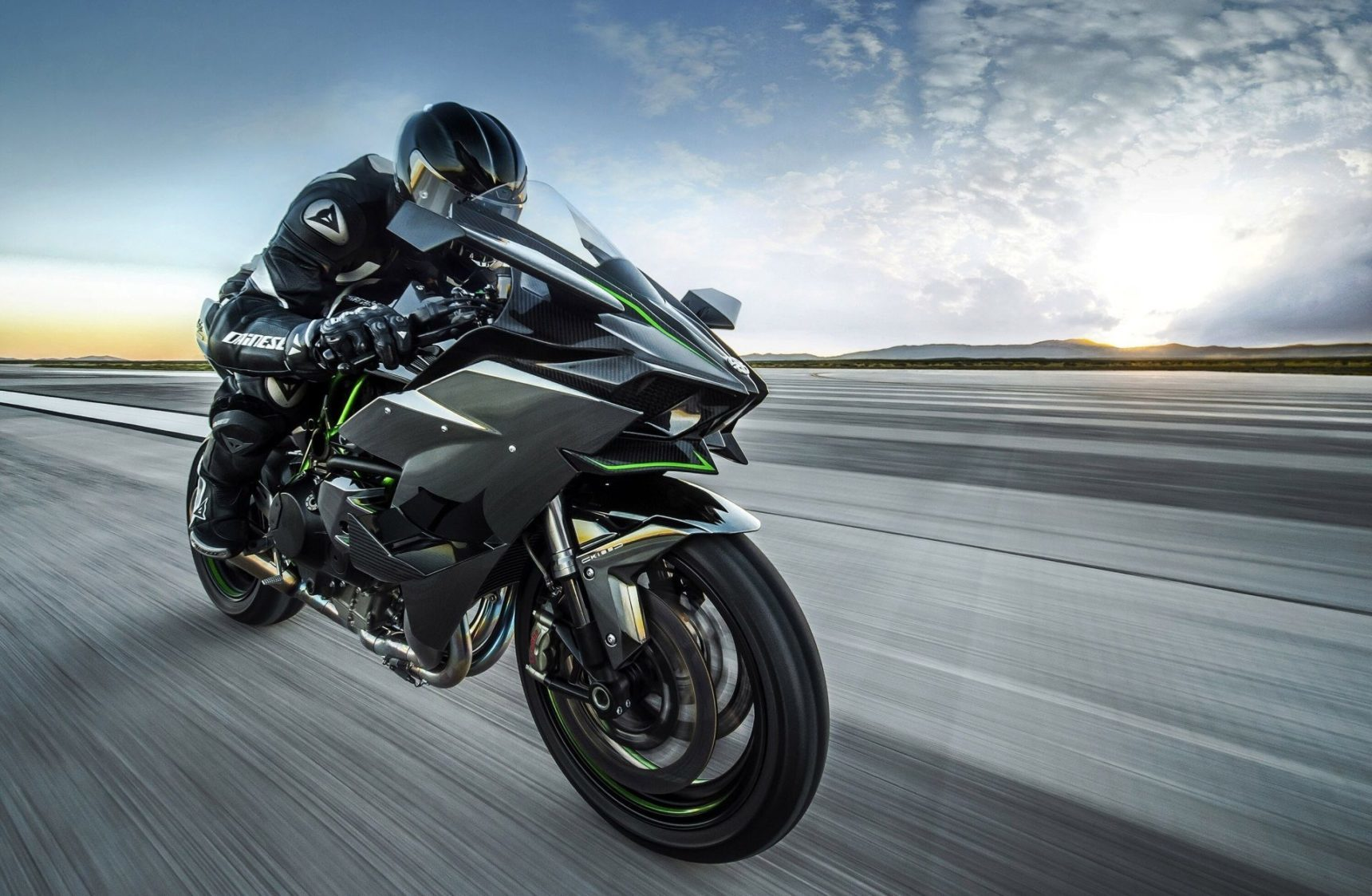 moto en acceleration